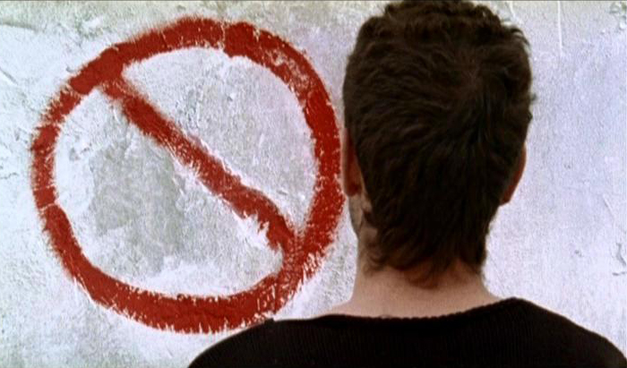prohibido-pararse-cartel